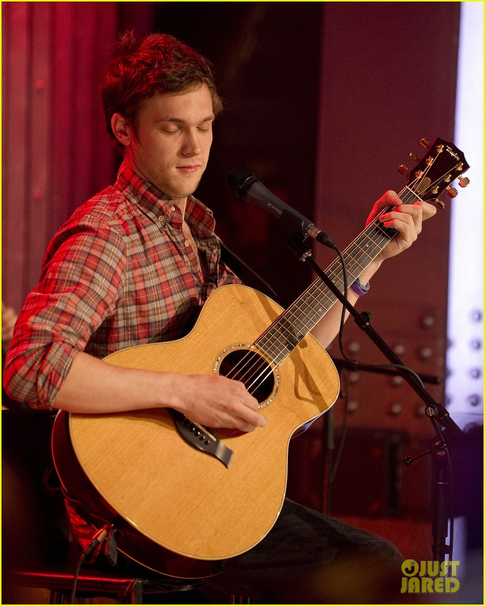  phillip phillips muchmusic studio stop 28